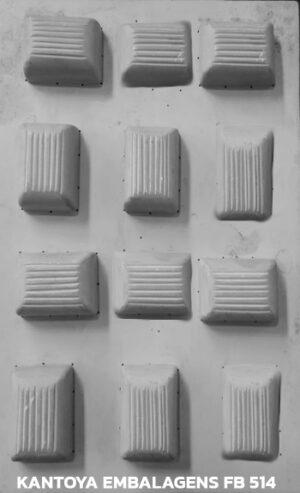 Forma Bombom Retangular com Listras verticais